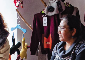 DESIGNING WONDER: MARKETING HANDICRAFTS TO TOURISTS IN BOLIVIA